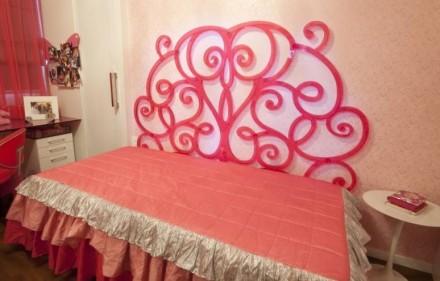 Cabeceira de cama em acrílico