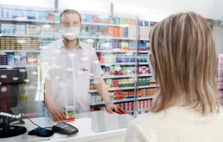 Proteção em Acrílico em Farmácia